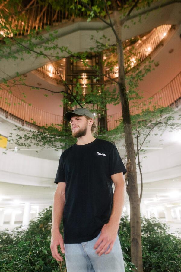 classic shirt black & simple cap green